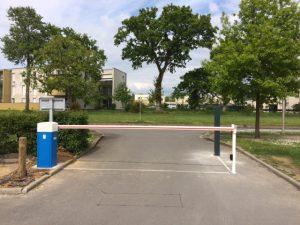 Installation d'une barrière levante LBA6 à Betton